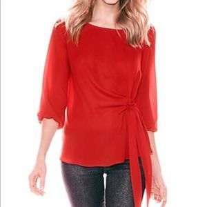 NY&CO Side-tie Scoopneck Blouse in Flamenco Red
